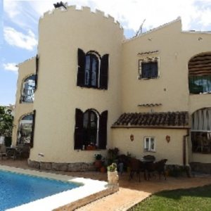 VP09  Villa for sale on the Beach  in Els Poblets , Spain