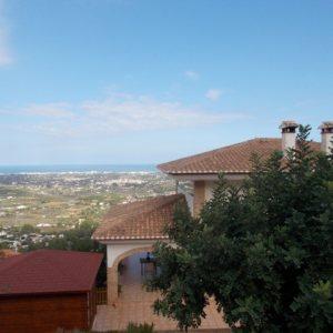 VP120 Chalet en venta en La Sella, Pedreguer, de 1 dormitorio, con vistas al mar y a la montaña.