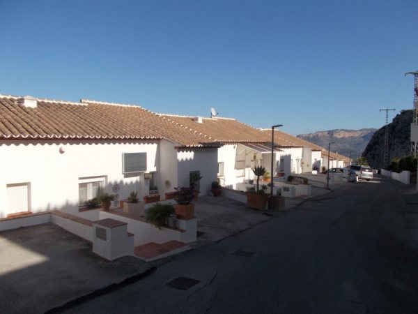 B40 3 Bedroom Bungalow for sale in Monte Pedreguer with sea views - Photo