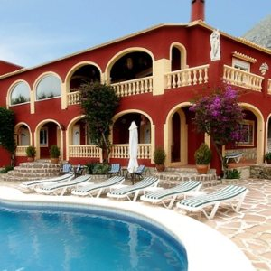 VP70  Small hotel for sale with sea views in Denia, Spain