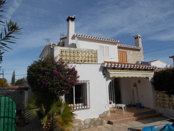 B03 3 Bedroom Bungalow for sale in Las Marinas, Denia - Photo