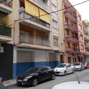 L03  Business for sale in the center Denia