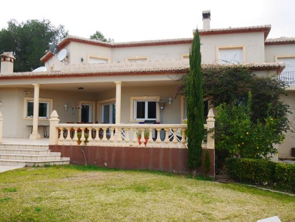 VP91 Luxury 5 bedroom villa with montains views for sale in Lliber - Photo