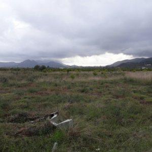 PL17  Parcela en venta en Beniarbeig con casa de campo