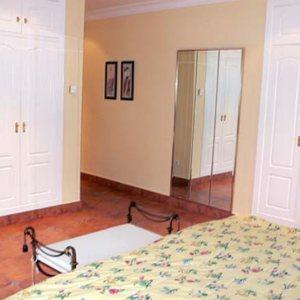 VP20    Chalet  de 3 dormitorios con vistas al mar y la montaña a la venta en Denia