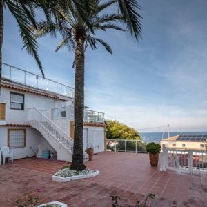 A34   4 bedrooms apartment second line beachfront for sale in Las Rotas, Denia
