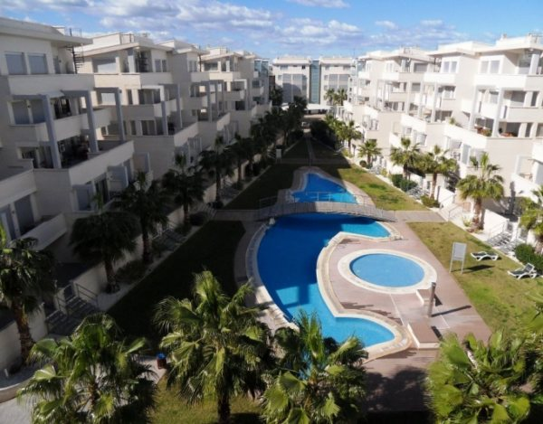 A32 2 bedroom apartment in second line beachfront for sale in Las Marinas, Denia - Photo