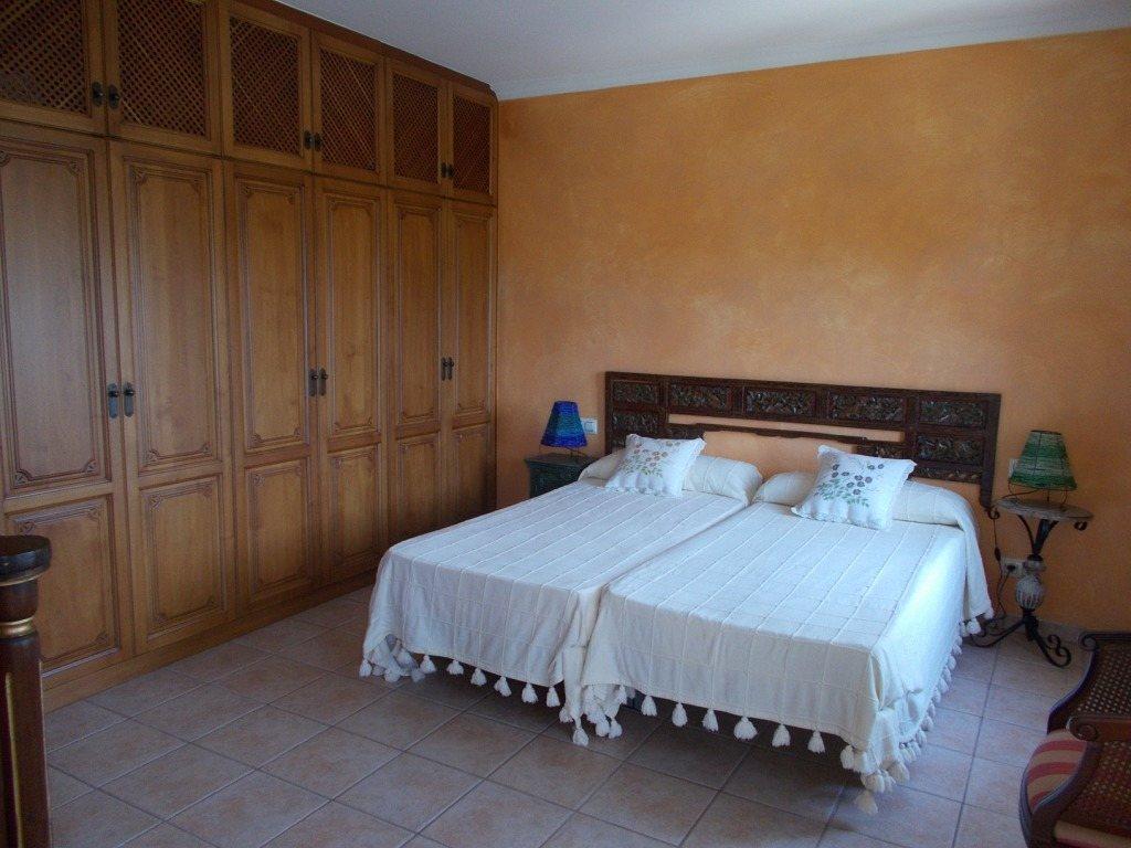 V42 Luxury villa of 5 bedrooms in first line of sea for sale in las Rotas, Denia, Alicante - Property Photo 14