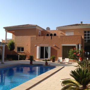 VP55   Chalet de lujo de 4 dormitorios con piscina en venta en La Sella, Denia