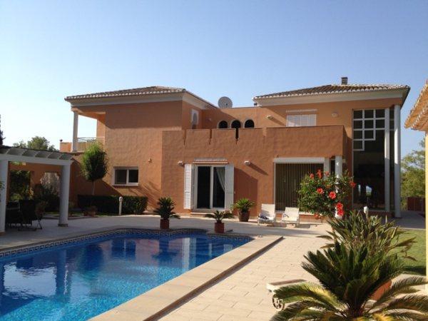 VP55   Chalet de lujo de 4 dormitorios con piscina en venta en La Sella, Denia - Foto