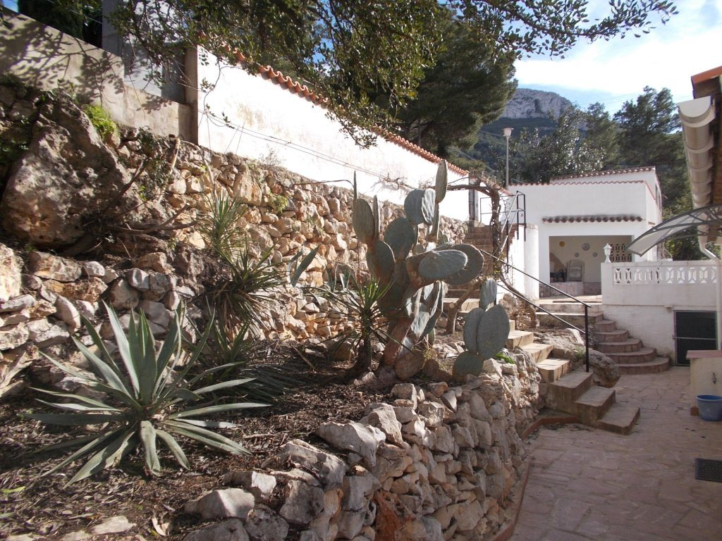 VP35 Villa for sale in Denia with 3 bedrooms and pool on the montgo mountain - Property Photo 28