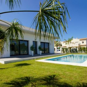 VP64   3 bedroom villa with pool for sale in Els Poblets, Spain