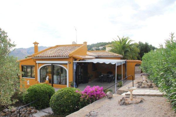 VP65  Chalet de 3 dormitorios con vistas panorámicas en venta cerca de La Sella Golf - Foto