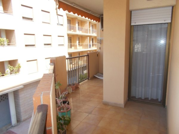 P03   Flat of 3 bedrooms for sale in the centre of Denia - Photo