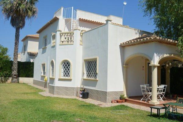 V03  Villa of 4 bedrooms for sale in Las Marinas, Denia - Photo