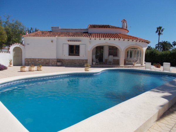 VP51   3 bedroom villa with pool for sale in Las Marinas, Denia - Photo