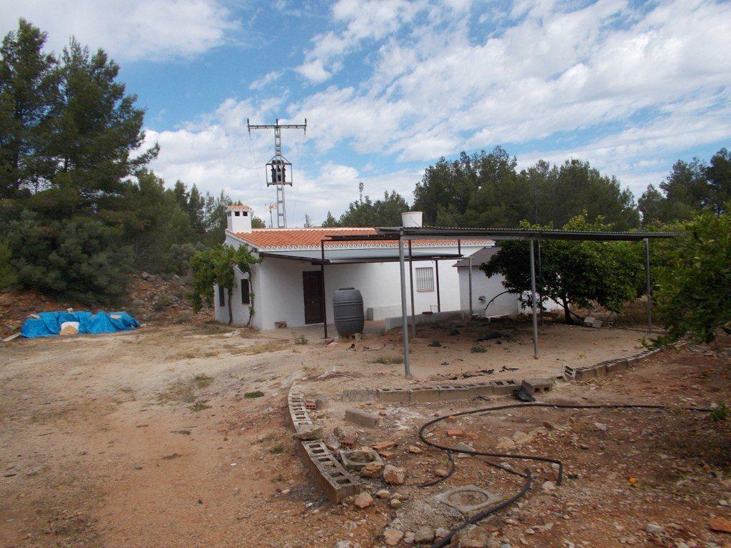 V14 Villa und Grundstück zum Verkauf in Parcent - Objektbild 4