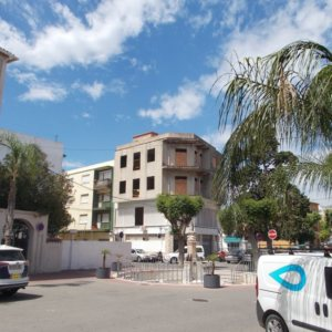 V15   Building of 400m2 for sale in the centre of Ondara