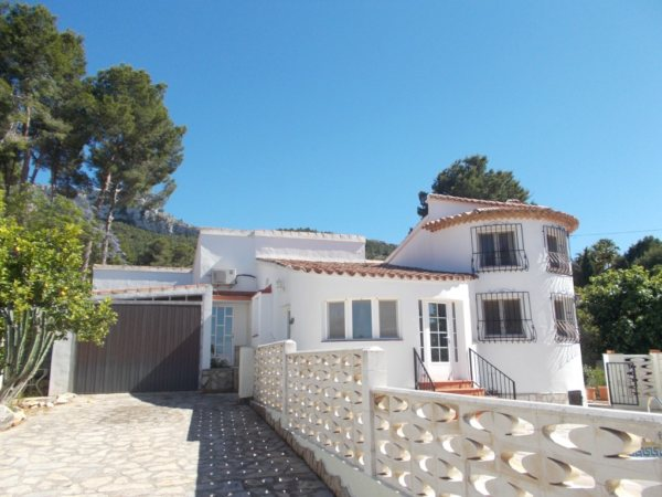 VP110 Villa for sale in Denia with pool and sea views, Alicante, Spain - Photo