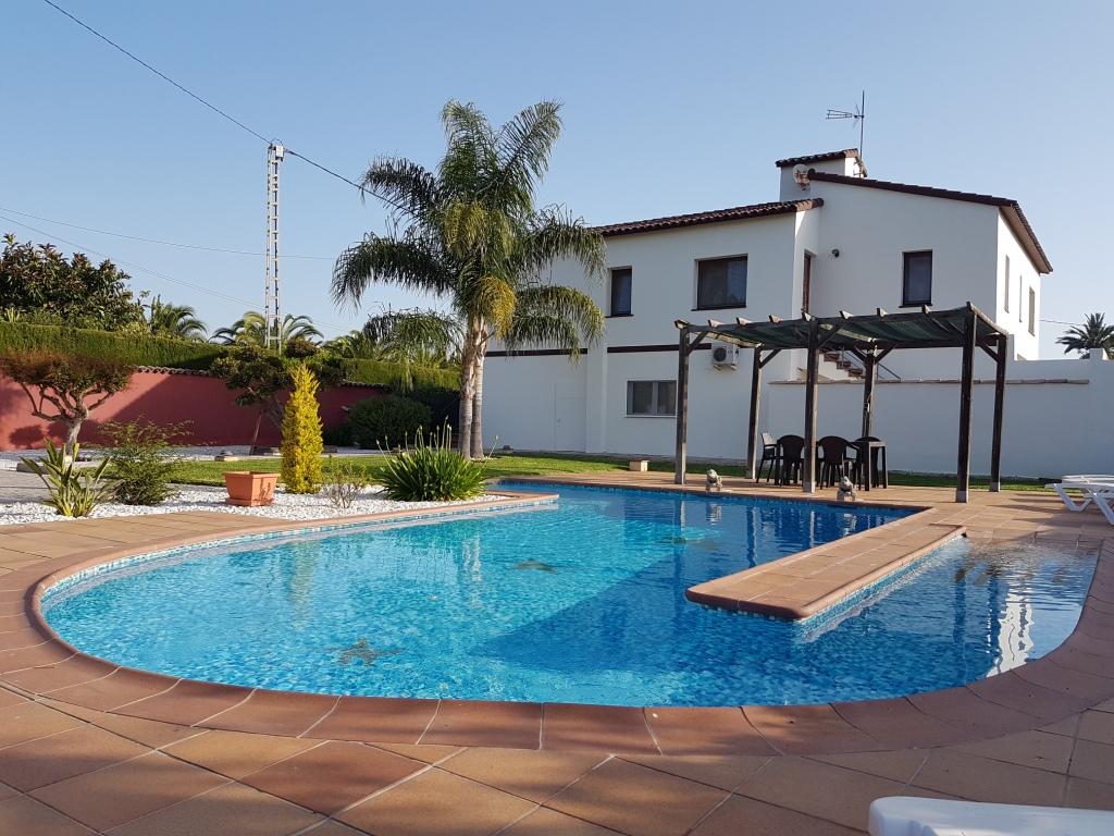 Vp71 gro e villa zum verkauf in ondara mit pool in for Pool verkauf