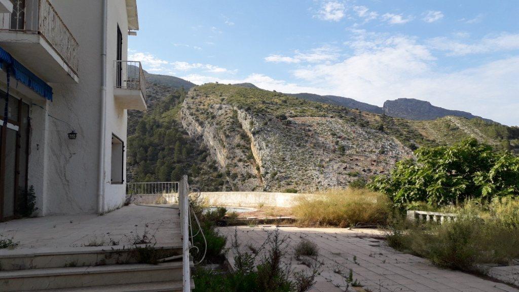 VP96 Villa zum Verkauf mit Blick aufs Meer und die Berge in Vall de Laguar, Alicante, Spanien. - Objektbild 20