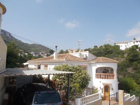 V44 Impeccable Villa for sale  with 3 bedrooms close to Denia, Spain - Photo