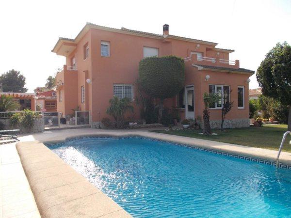 VP99 Villa for sale in La Pedrera area, close to Denia, in Alicante, Spain - Photo