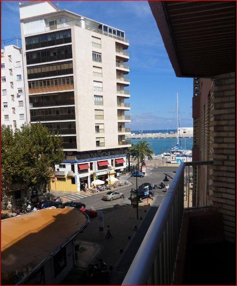 P27  Apartment in Denia town center with sea views - Photo