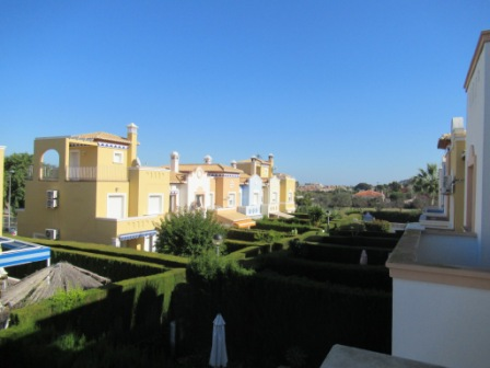 B35 Denia townhouse for sale with 3 bedrooms and private plot - Photo