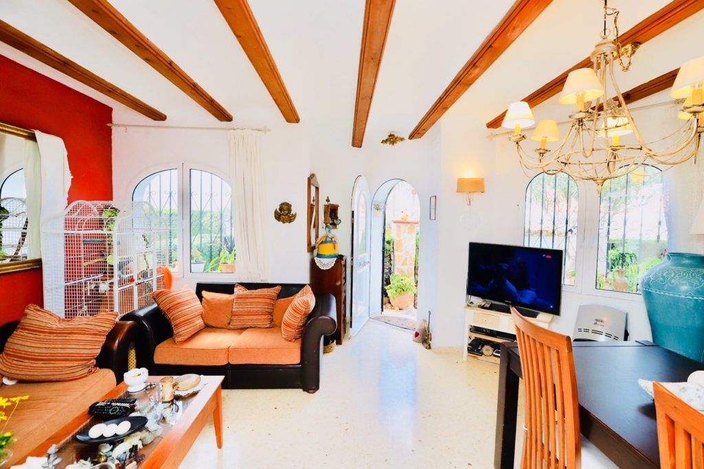 B8 Terraced house for sale in Denia with 3 bedrooms and sea views - Property Photo 5