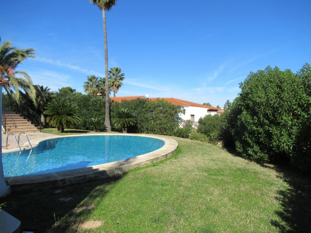 VP121 Large Villa for sale in Denia Spain with 8 bedrooms and sea views - Property Photo 3