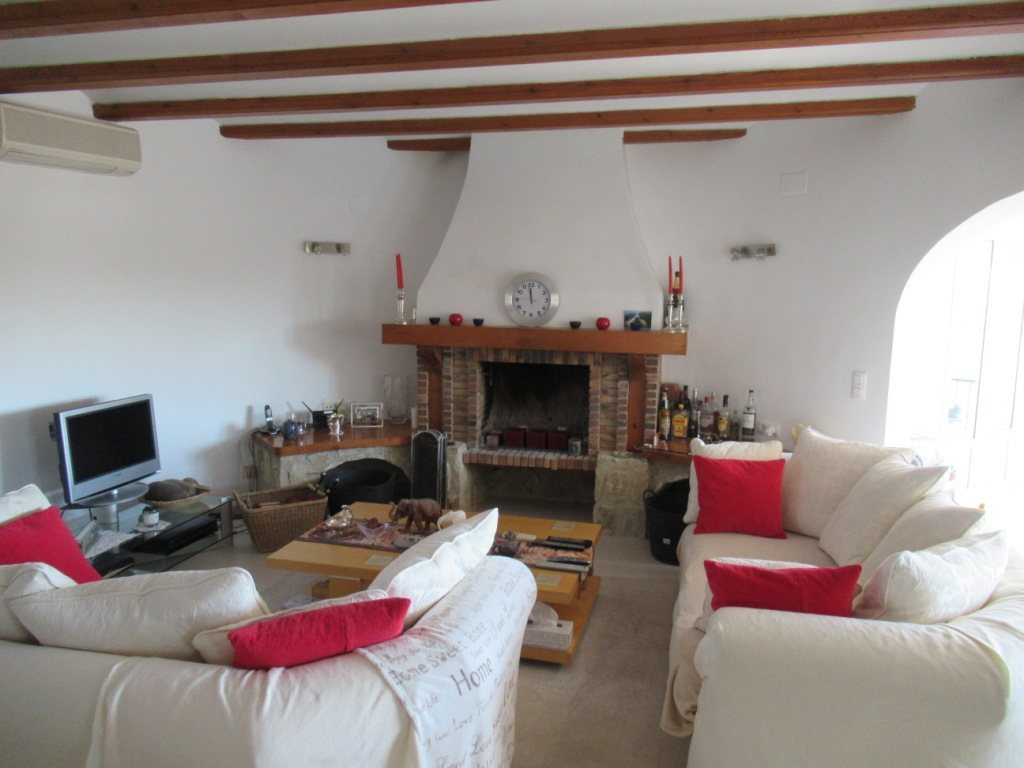 VP121 Large Villa for sale in Denia Spain with 8 bedrooms and sea views - Property Photo 14