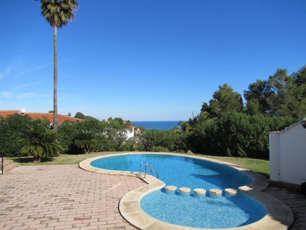 VP121 Large Villa for sale in Denia Spain with 8 bedrooms and sea views - Property Photo 2