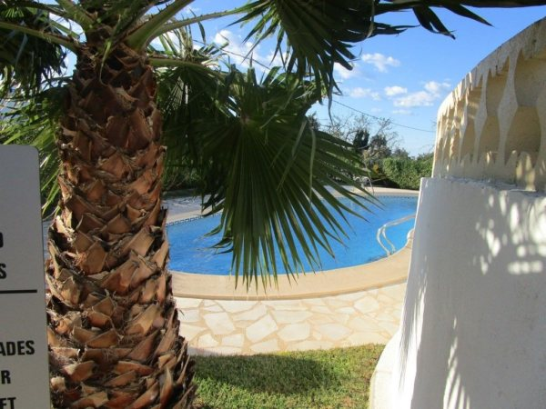 V12 Villa for sale near Denia with 2 bedrooms and communal pool - Photo