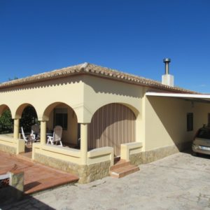V5 Villa for sale near the Beach in Oliva, Spain