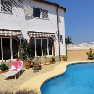 X-H-164 Villa in Els Poblets with 4 Bedrooms