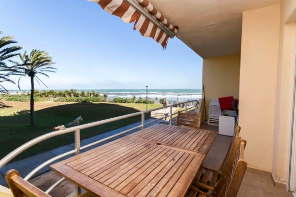 X-6188 Apartment in Dénia with 2 Bedrooms - Photo