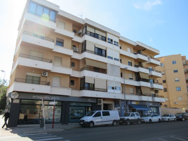 P3 Large flat for sale with views in Denia town, Spain - Photo