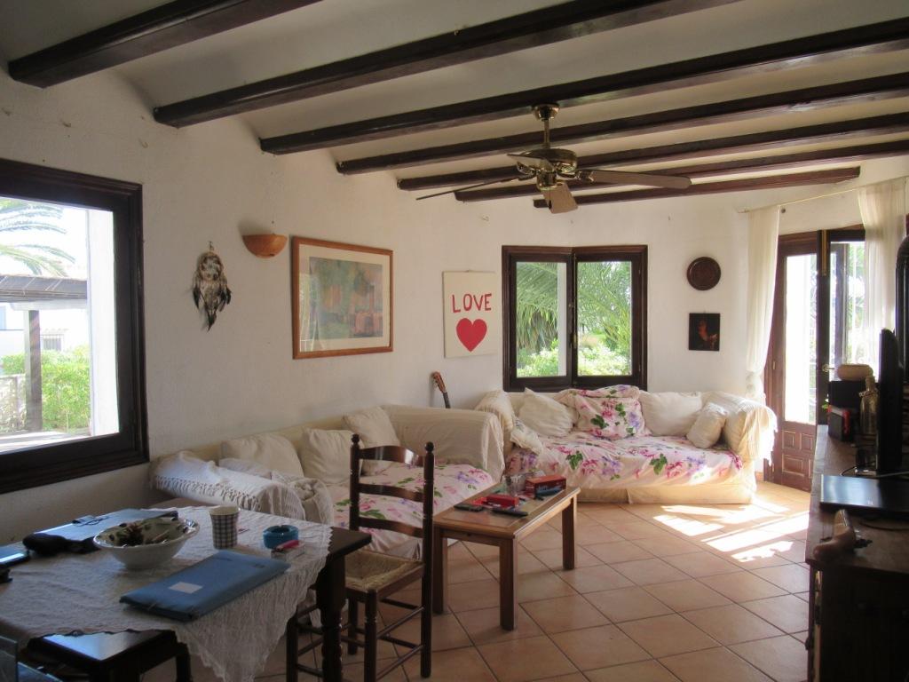 V13 Villa zu verkaufen in der Nähe von Denia mit 3 Schlafzimmern und ...