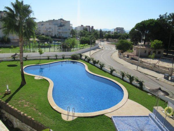 A45 Квартира для продажи недалеко от пляжа с 2 спальнями в Vergel, Испания. - Фото