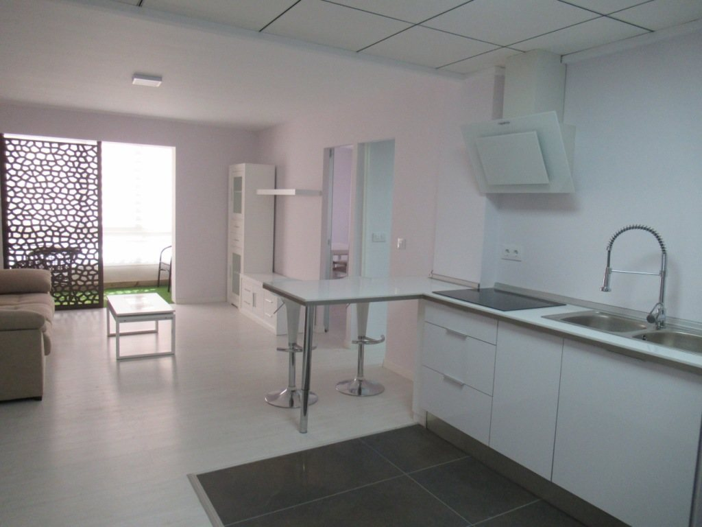 P10 Renovated town apartment for sale in Denia center - Property Photo 1