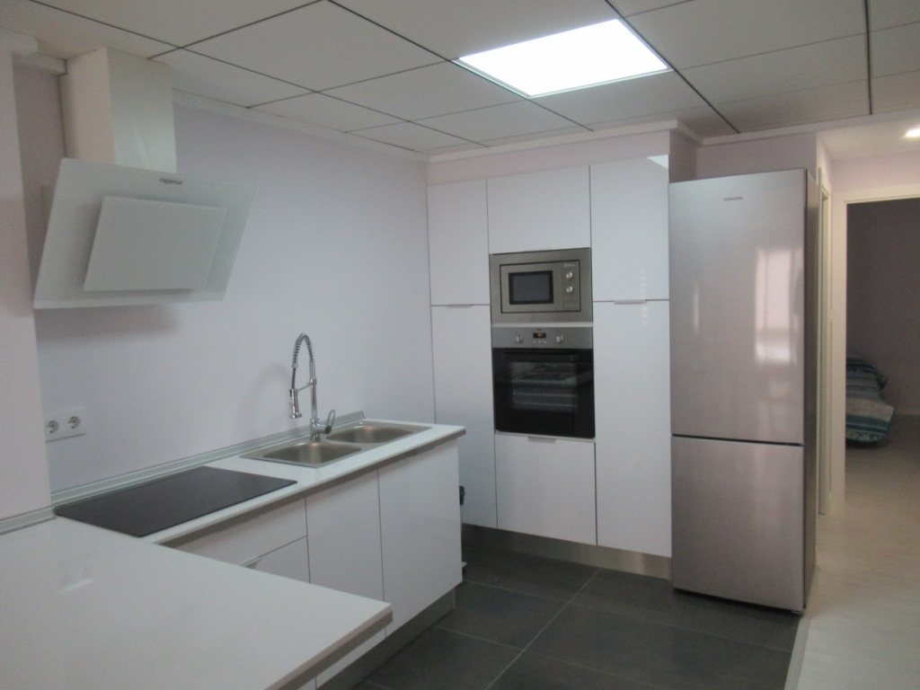 P10 Renovated town apartment for sale in Denia center - Property Photo 2