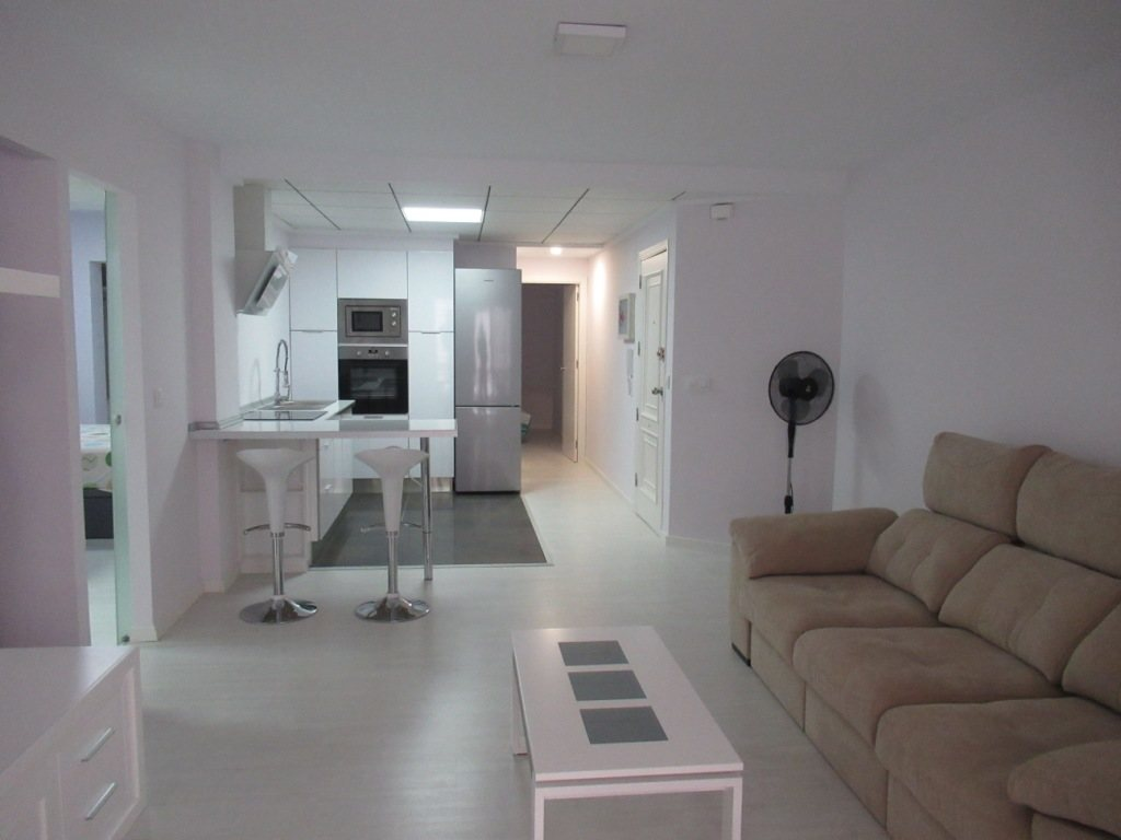 P10 Renovated town apartment for sale in Denia center - Property Photo 3