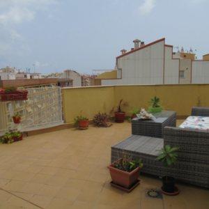 P12 Ático en venta en el centro de Denia con una gran terraza