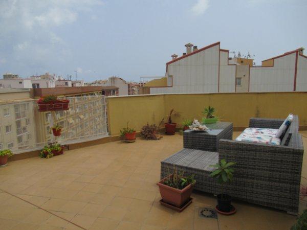 P12 Ático en venta en el centro de Denia con una gran terraza - Foto