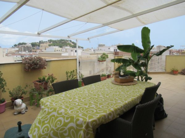 P12 Penthouse for sale in Denia center with large terrace - Photo