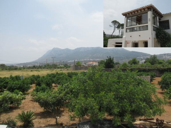 V12 Villa with large plot of land for sale in Denia, Spain - Photo