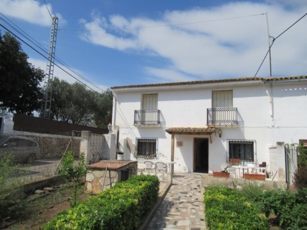 V22 Villa for sale in La Jara (Denia) with 5 bedrooms and private garden - Photo