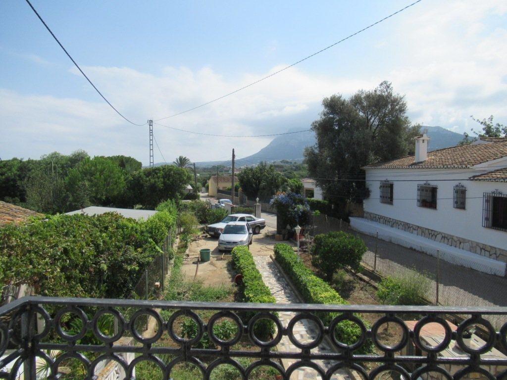 V22 Villa for sale in La Jara (Denia) with 5 bedrooms and private garden - Property Photo 4