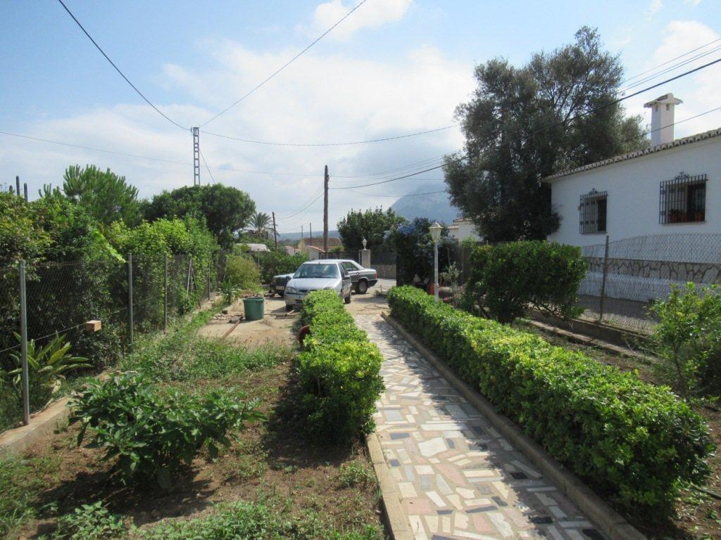 V22 Villa for sale in La Jara (Denia) with 5 bedrooms and private garden - Property Photo 7